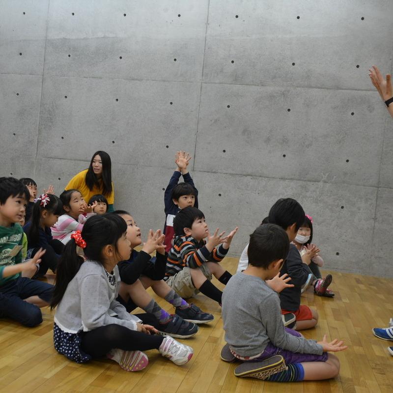 2015年4月19日(日)<br>「ニセモノの手であくしゅとバイバイ」(幼児クラス)in東大
