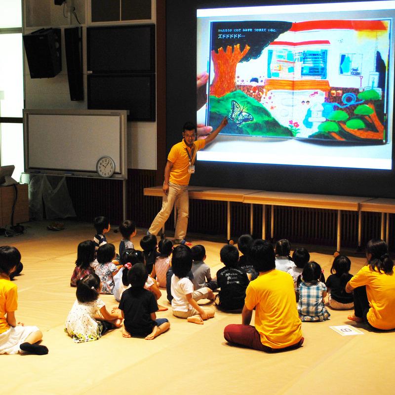 2010年7月25日(日)<br>「つちのなかのグルグルすみか」<br>(幼児クラス)in慶應三田