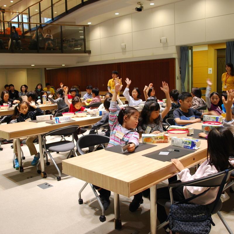 2010年10月24日(日)「カメラづくり」(小学生クラス)in慶應三田