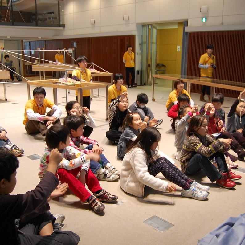 2011年3月27日(日)<br>「ぶらさがりのセカイ」<br>(小学生クラス)in慶應三田