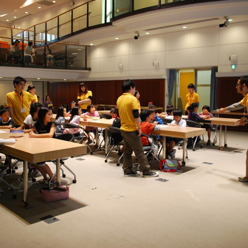 2010年9月26日(日)<br>「青影の写真集づくり」<br>(小学生クラス)in慶應三田