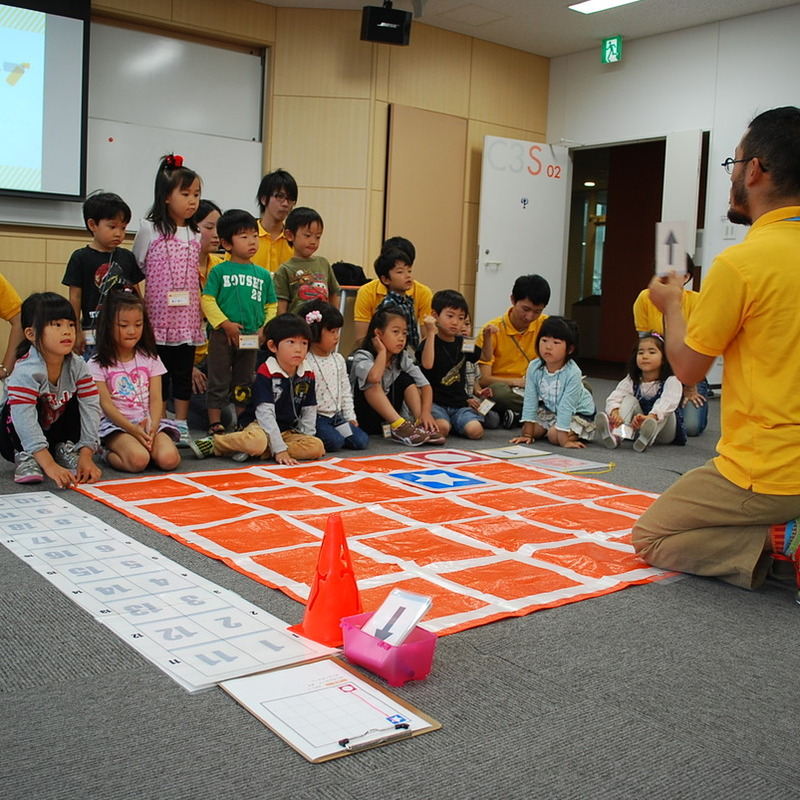 2011年10月9日(日)<br>「にんげんプログラミング」<br>(幼児クラス)in慶應日吉