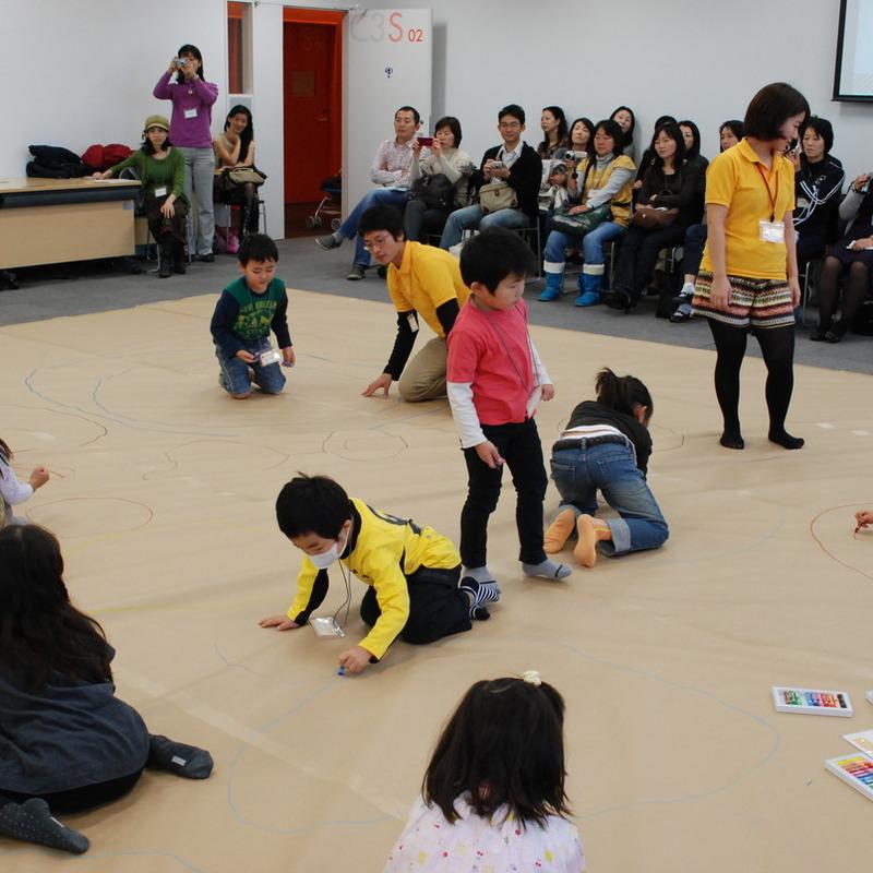 2010年11月3日(水・祝)「つちのなかのグルグルすみか」(幼児クラス)in慶應日吉