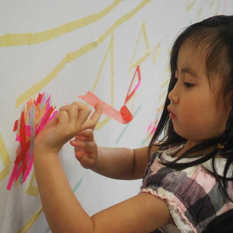 2011年5月22日(日)「マスキングテープの壁画」(幼児クラス)in慶應日吉