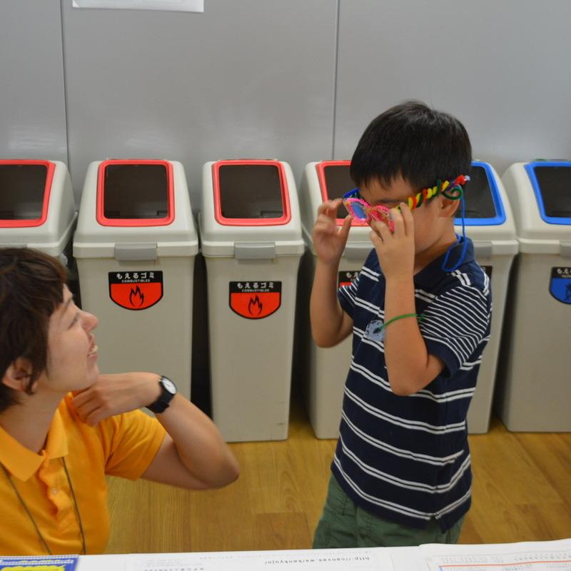 2015年10月4日(日)<br>「3Dペンで自分だけのメガネをデザインしよう!」<br>(小学生クラス)in渋谷