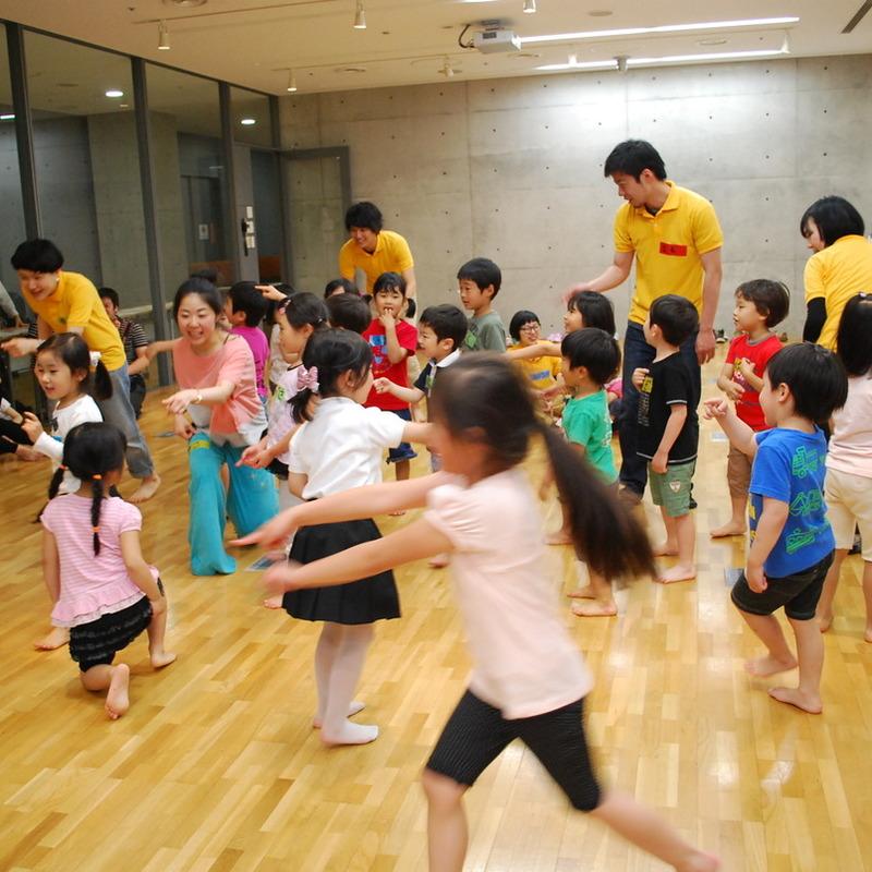2013年5月19日(日)<br>「ふりふりくるーり、だんだん?ダンス!!」<br>(幼児クラス)in東大
