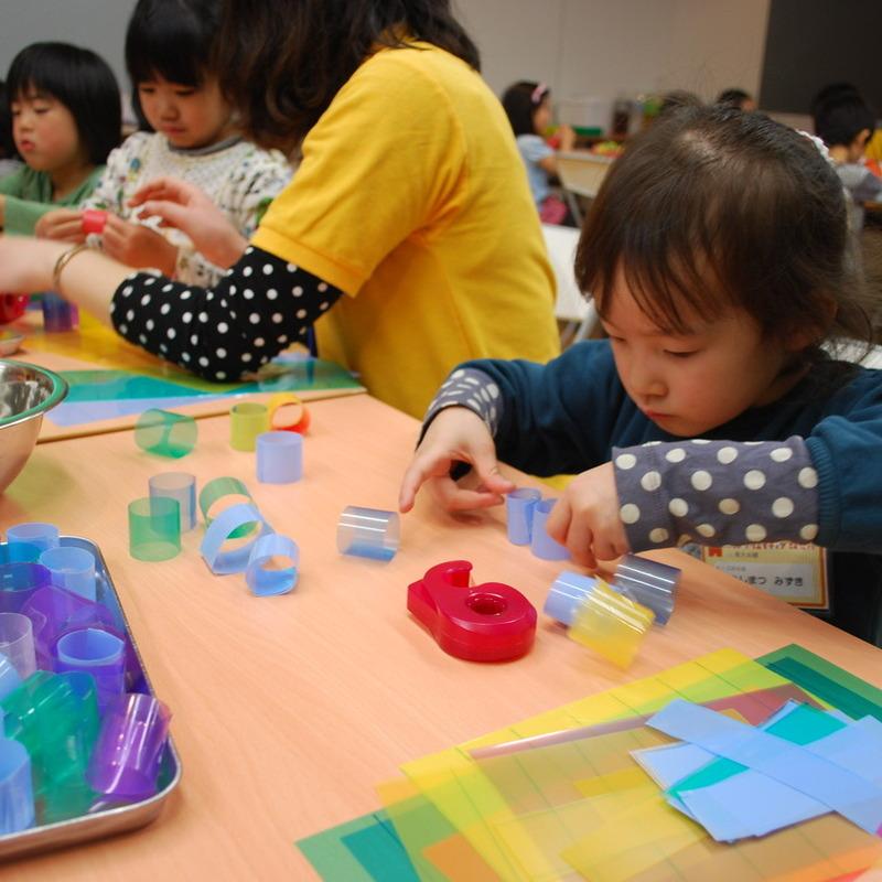 2012年4月15日(日)<br>「クリアファイルのわっか」<br>(幼児クラス)in東大