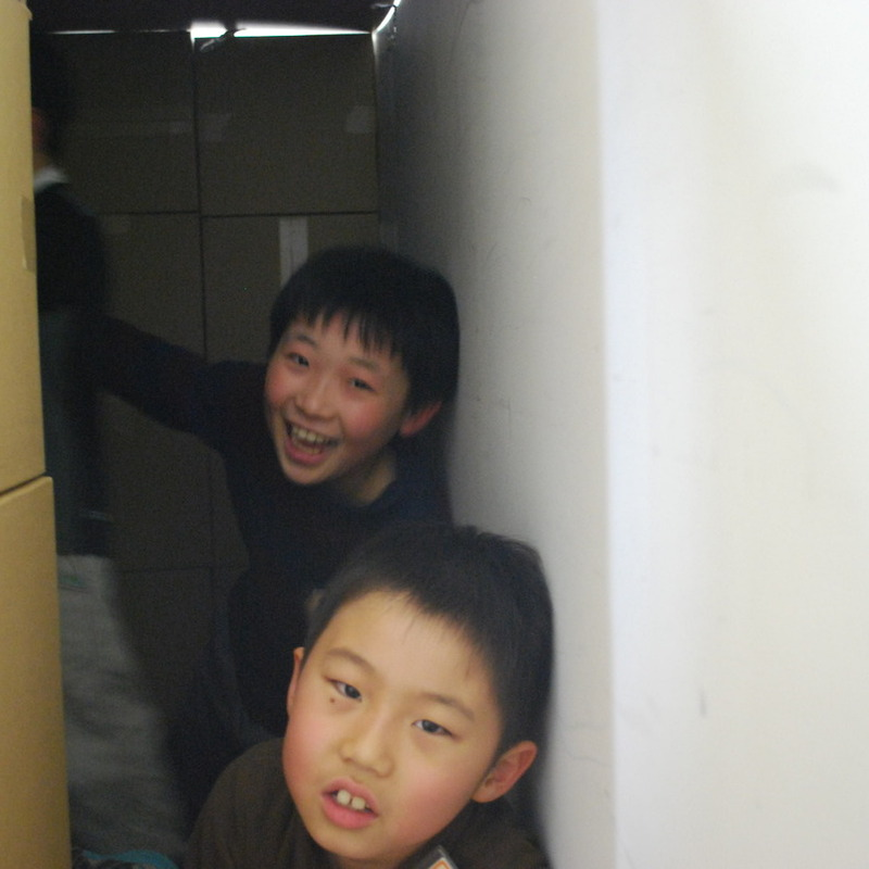2012年3月11日(日)「真っ暗づくり」(小学生クラス)in慶應日吉