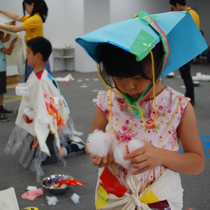 2012年5月27日(日)<br>「おおきなふくをつくる」<br>(小学生クラス)in慶應日吉