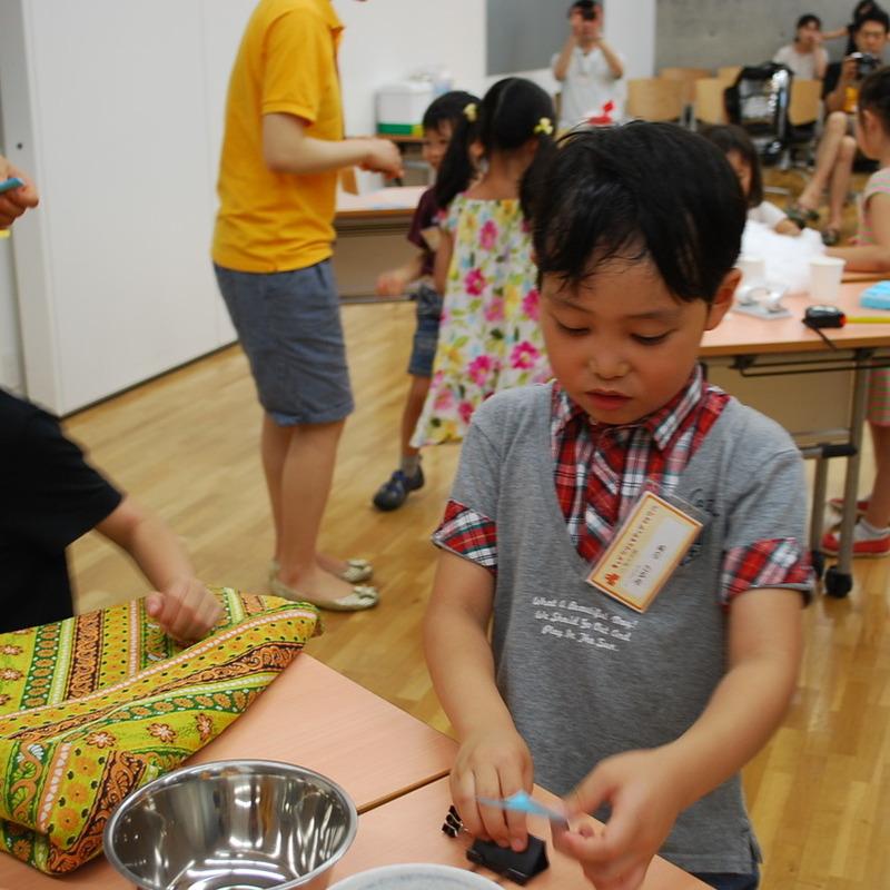 2012年7月15日(日)<br>「ねっつGO!~まわりのお熱をキャッチングー!~」<br>(幼児クラス)in東大