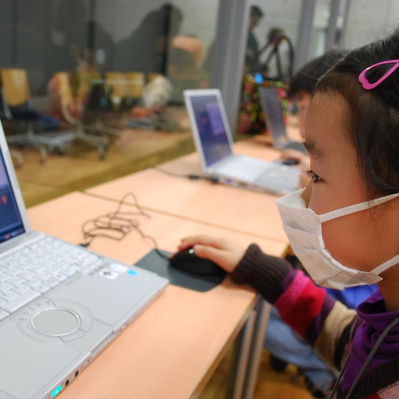 2012年2月19日(日)<br>「こんにちはパソコン スクラッチではじめるプログラミング」<br>(小学生クラス)in東大
