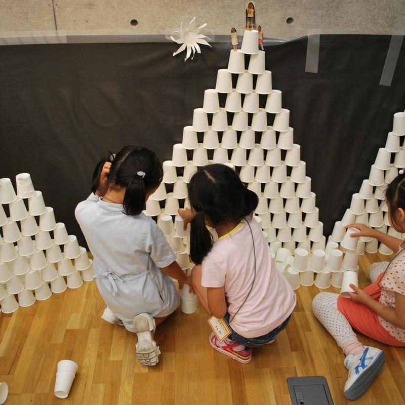 2010年6月20日(日)<br>「2500個の紙コップ造形」<br>(小学生クラス)in東大