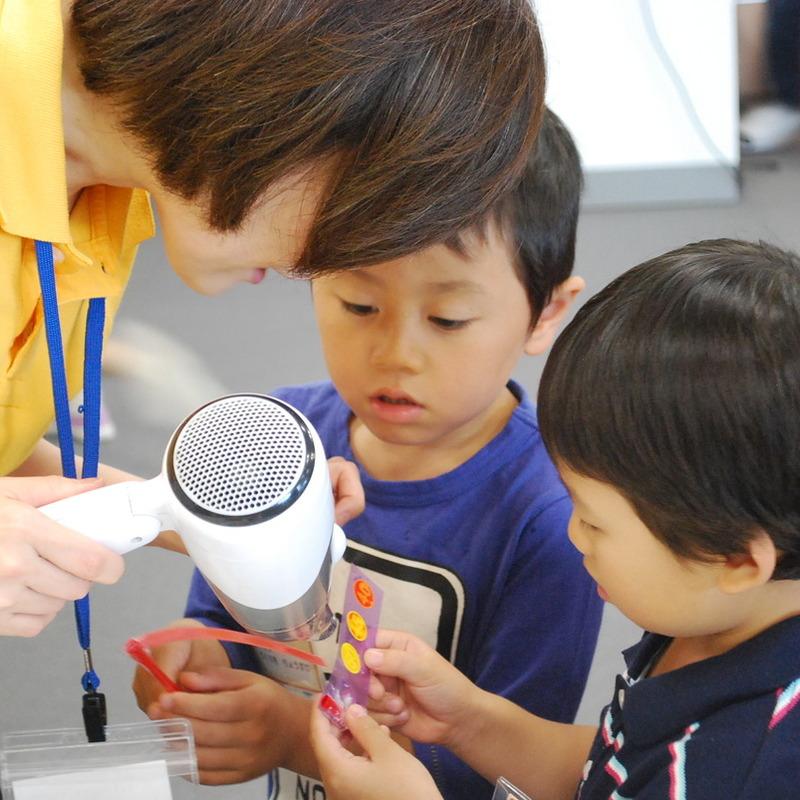 2012年7月22日(日)<br>「ねっつGO!~まわりのお熱をキャッチングー!~」<br>(幼児クラス)in二子玉川