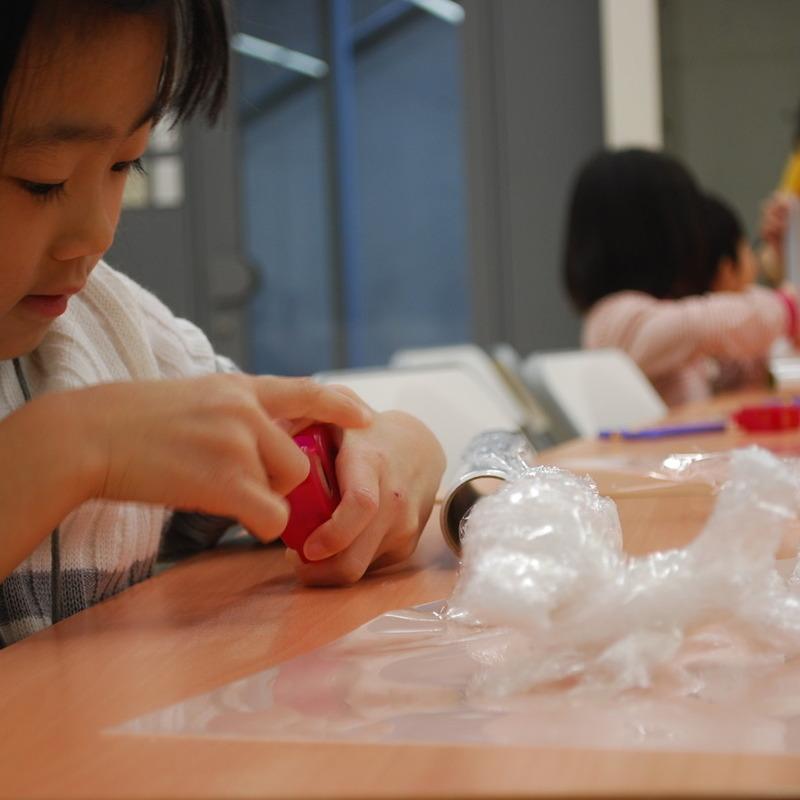 2010年11月21日(日)「透明でつくる」(幼児クラス)in東大