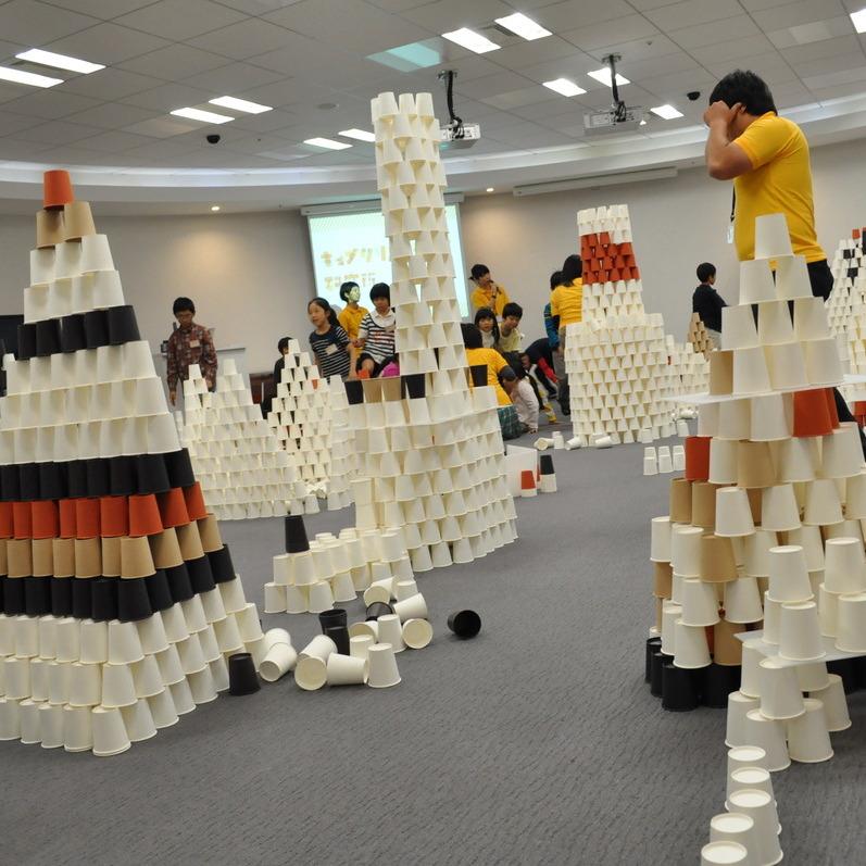 2012年10月28日(日)<br>「1万個の紙コップ造形」<br>(小学生クラス)in二子玉川
