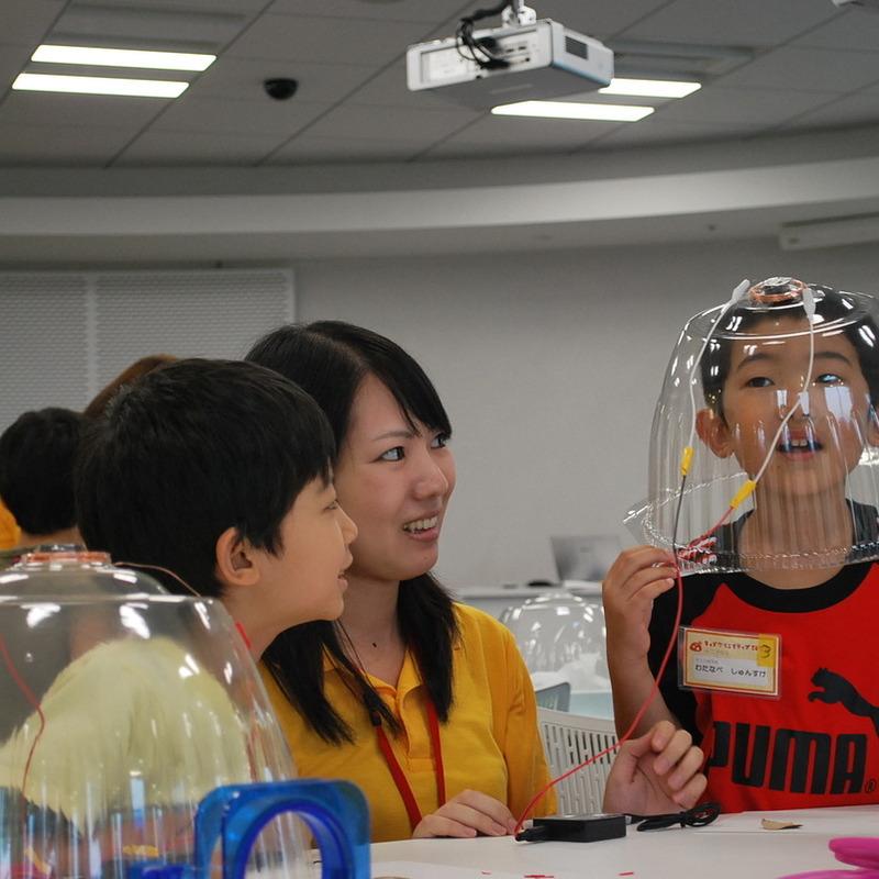 2013年8月25日(日)<br>「ドームスピーカーづくり」<br>(小学生クラス)in二子玉川