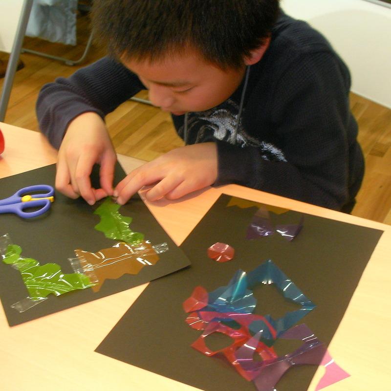 2010年3月27日(土)「ヒカリでつくる」(小学生クラス)in東大本郷