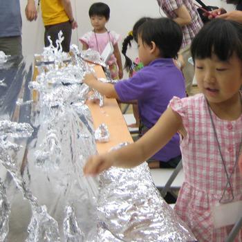 2009年7月19日(日)「アルミホイルのアフリカ」(幼児クラス)in東大