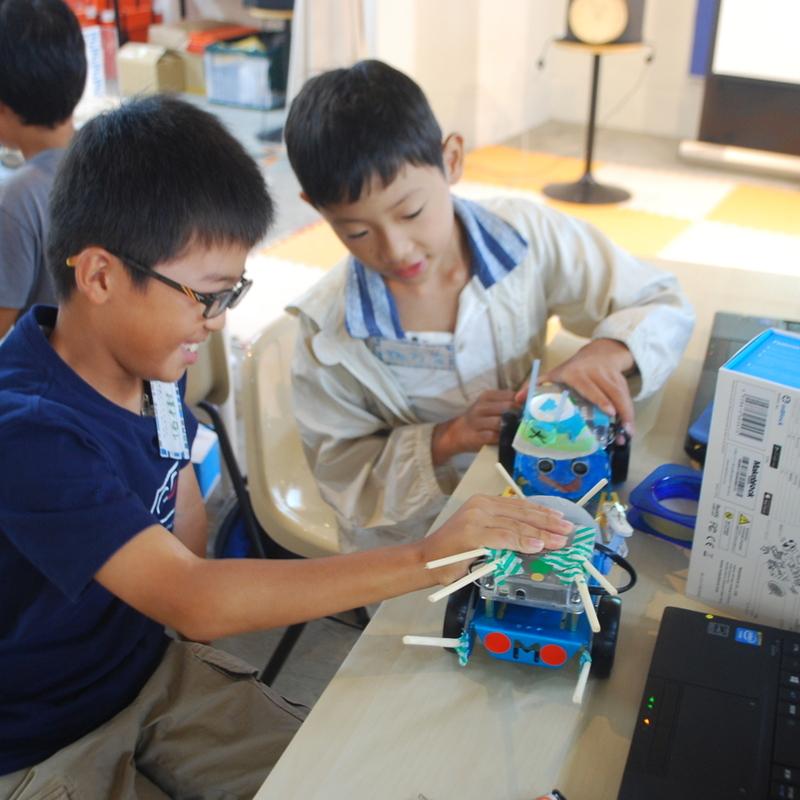2017年8月10日(木)<br>サマーキャンプ2017プログラミング講座<br>mBotでロボットプログラミングin入谷