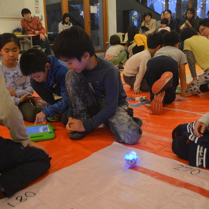 2017年11月26日(日)<br>「ロボット迷路」<br>(小学生クラス)in代官山