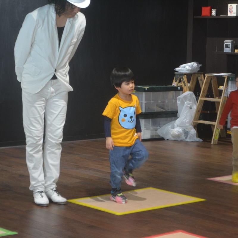 2019年2月23日(土)<br>「タップダンスをみて、つくって、たいけんしよう!」<br>(幼児クラス)inアークヒルズ