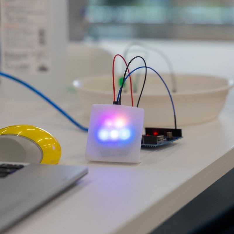 2021年8月8日(日)~9日(祝月)「サマーキャンプ2021 STEAM講座 プログラミングと電子回路で色づくり!光るプロダクトを作ろう!」in 竹芝